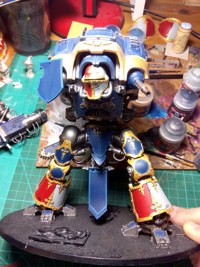 Imperial Knight painting progress